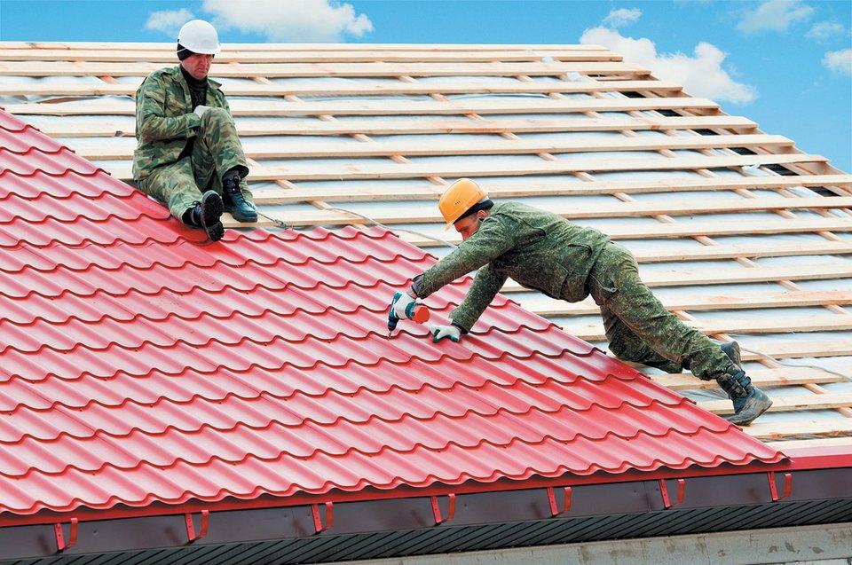 Крыть крышу металлочерепицей своими руками