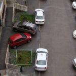А Вы паркуетесь во дворах?