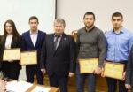 Елабужским спортсменам вручили сертификаты на получение стипендии главы