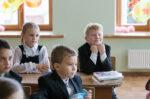 В Елабужском районе за парты сели 9693 учащихся
