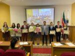 Рустем Нуриев вручил учащимся стипендии Главы района