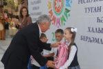 Акция «Помоги собраться в школу» в Елабуге